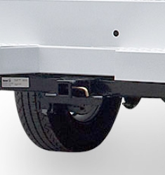 If you need to bring along a trailer for your next project, you can select a heavy-duty tow hitch, which is available to provide towing capabilities to all service bodies.
